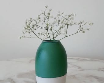 Pottery Bud Vase, Ceramic Bud Vase, Porcelain Bud Vase, Pottery Vase, Green Ceramic Vase, Handmade Pottery Vase, Cute Pottery Vase.