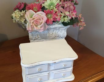 Vintage Jewelry Box, Shabby Chic, French Country, White, Lightly Distressed