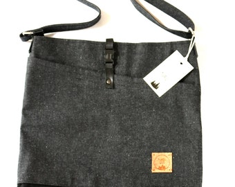Hand bag in denim, handbag, handmade, canvas bag, made in quebec