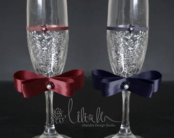 Personalized Champagne Flutes,Royal Wedding toasting glasses, Royal blue Toasting flutes for bride  groom, Maroon Wedding glass