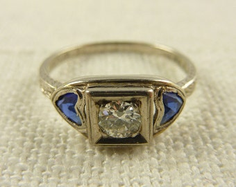 WW) Antique Art Deco Size 5.75 Platinum 1/4 ct Diamond and Sapphire Heart Milgrain Band Ring