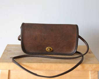 ee10f39ec7 ... Vintage Coach Dinky Bag - Made in NYC - Mocha Brown Leather Crossbody  Bag with Flap ...