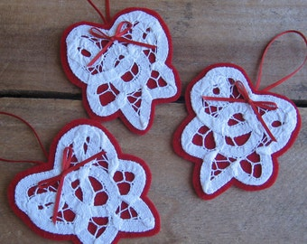 White Heart Ornaments, Battenberg Lace Hearts, Gift Embellishments, Set of 3, Doily Christmas Ornaments, Red & White Hearts