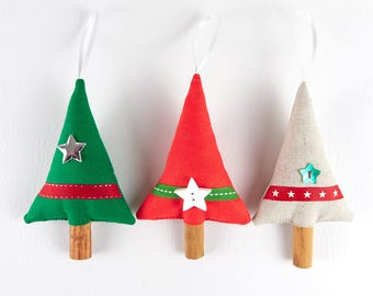 Red and Green Christmas Decorations Handmade Natural Christmas Ornaments Hanging Star Linen Ribbon Holiday Decor