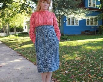 Americana Knit Dress 60s Vintage Mid-Century MOD Retro MOCK Neck long sleeve Red White & Blue High Waist Belted KITSCH Woman Midi Jumper S/M