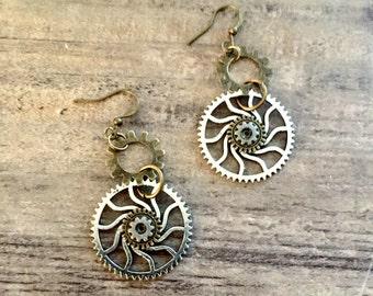 Steampunk Jewelry, Spiral Gear Earrings, Steampunk Earrings, Steam punk Earrings, Silver Gears, Bronze Gears, Futuristic Mechanical Gears