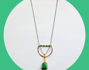 Necklace minimalist gold, green natural stone