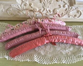 Charming Vintage Set of 4 Pink Satin Padded Hangers