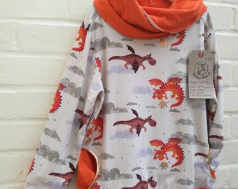 Unisex dragon cowl neck t-shirt age 8-9 years