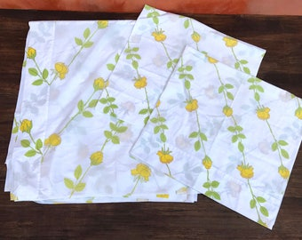 Vintage 1960s Mid Century Yellow Rose Floral Flat Sheet Set + Pair Pillow Cases. Home Travel Trailer Decor. Vintage Bed Sheet KING