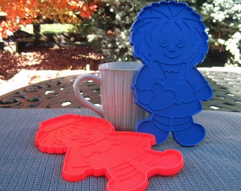 Large Raggedy Ann and Andy Cookie Cutters - The Bobbs Merrill Co., Inc.