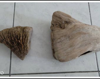 1 set of 2 beautiful pieces of driftwood