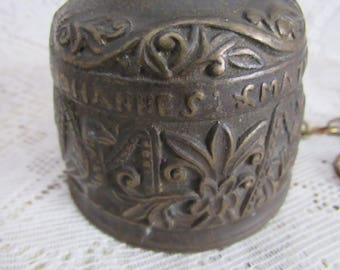 Vintage Brass   Dinner Bell, Country Rustic Primitive Decor, Intricate Design