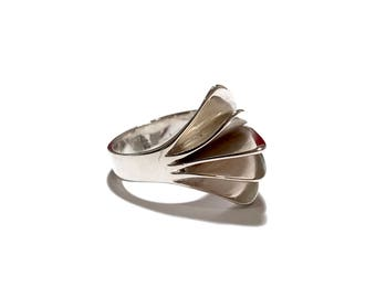 Sterling Silver Modernist Ring, Mid Century Modern, Multi Dimensional, Curved, 4 Section Design, Marked 925, Vintage 1960s Artisan Jewelry