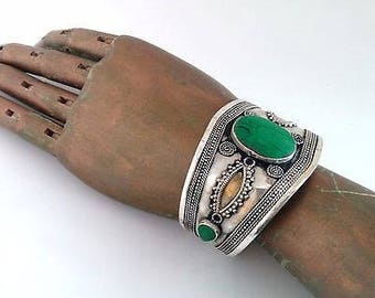 Boho Chic Cuff Bracelet Green Stone Center Tribal Style Belly Dance ATS Jewelry