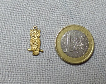 Sold individually on gold colored OWL charm