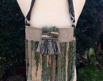 Shoulder and crossbody handwoven and 100% rustic linen bag, handspun and cotton yarn, OOAK