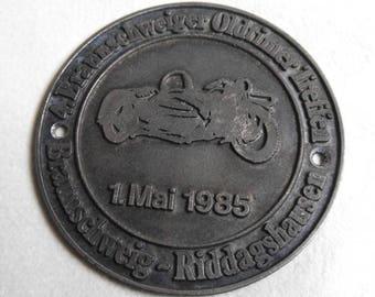 Car Badge - 4th Brunswick Vintage Car Meeting - 1985 - Vintage Car Badge