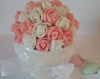 Ball of flowers in EVA for baptism, communion, wedding or birthday table decoration