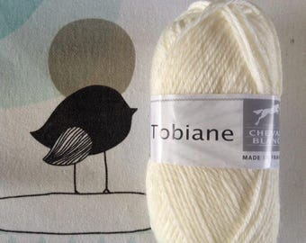 Natural wool TOBIANE - white horse