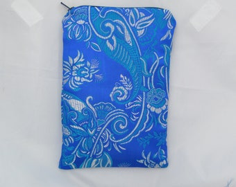 Brocade Tarot Card Bag Blue and Silver White with Teal Satin Lining and Zipper Dice Makeup Pouch Fancy