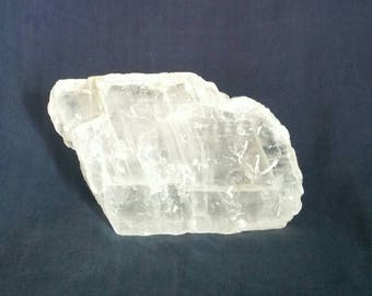 Quartz Crystal Home Decor / Selenite Crystal / Meditation Altar Stone / Healing Crystal Gemstones / Chakra / Reiki / Spiritual Raw Crystal
