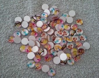 Set of 20 cabochons Princesses