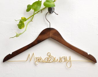 Personalized Bride Hanger, Bride hanger, Bridal Shower Gift, Bridesmaid Gifts, Custom Wedding Hanger, Wedding dress hanger, Rustic Wedding