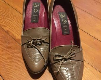 Van Eli brown work heels 7.5