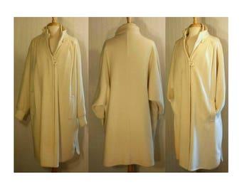 Women's vintage coat, long coat, wool coat, white coat, wedding coat, dressy coat, bridal coat, maxi coat, blanket coat, oversize coat