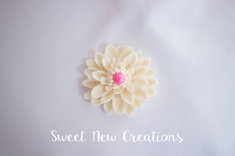 Zinnia Fondant flowers 2 ivory pink wedding cake decorations edible ...