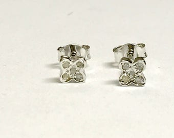 TINY NATURAL DIAMONDS Stud Earrings , 925 Sterling Silver Earrings , Floral pattern Design , Gift for your beloved ......