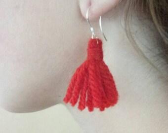 Red wool earrings. Tassel earrings. Dangle earrings. Yarn earrings. Silver earrings.