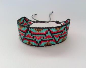 Beaded ethnic style bracelet