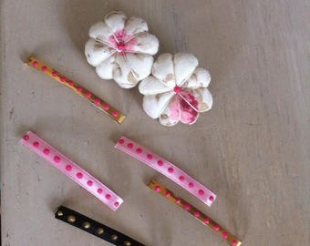 "Hair clip gold tone ""yoyo"" fabric and hair clip with polka dots"