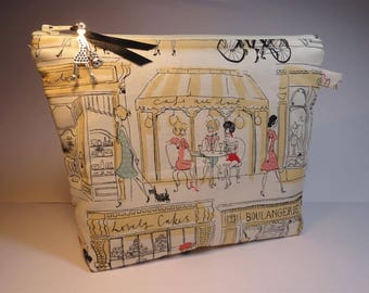 """Girls and shops"" pouch"