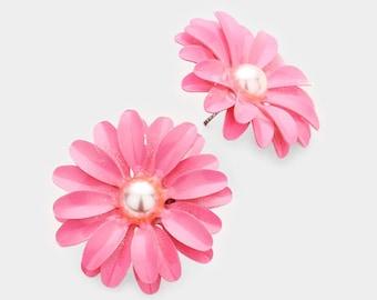 Bloom Flower Earrings Pink