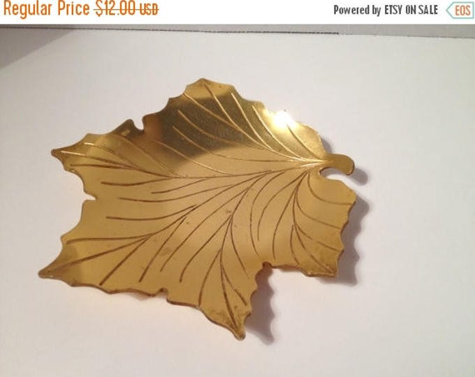 """CIJ Sale 1940's Neocraft by Everlast Formed Anodized Aluminum """"Fallen Leaves"""" Pattern with Intaglio Motif, Ring Dish, Trinket Dish, Catch Al"""