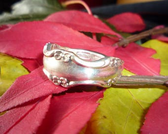 "Handmade Spoon Ring ""Empress"" Pattern - Vintage"