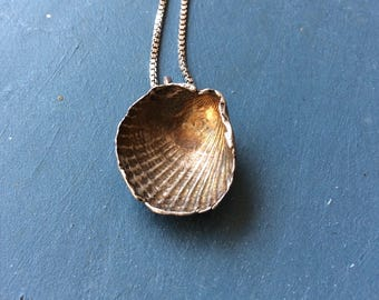 Seaschell.silver seaschell.shell.Handmade Silver necklace.Silver pendant.Handshaped silver jewelry.gifts for women.gifts for men.Natur