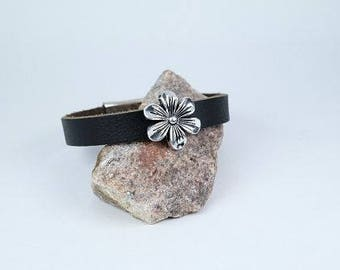 Leather Bracelet with a Flower