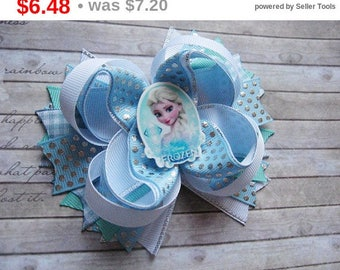 CHRISTMAS SALE Frozen bow Birthday gift for friend Frozen hair bows Girls hair clip frozen Birthday party favors Disney princess party Bo...