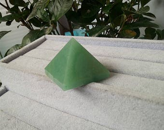 Natural Green Aventurine Crystal Pyramid,Pyramid ornaments Crystal Tower