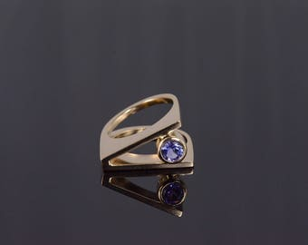 14k 0.50 Ct Tanzanite Round Bezel Geometric Split Ring Gold