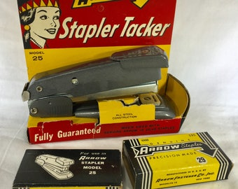 ARROW Vintage STAPLER TACKER Model 25 w/ Box & Staples Deco Industrial Grey