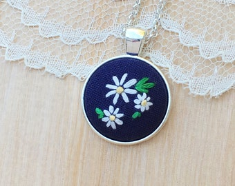 Daisy Necklace, Blue Embroidered Necklace, Hand Embroidered Necklace, Embroidery, Flower Anniversary, Fourth Anniversary, White Flowers