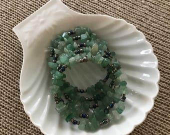 Jade Bracelet, Nephrite Bracelet, Green Bracelet, Wire Bracelet, Natural Stone Bracelet, Gemstone Bracelet, Memory Wire Bracelet