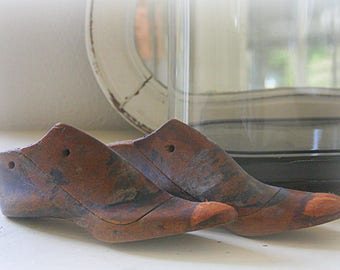 Vintage Hard Wooden Shoe Forms/Shoe Molds, Lady Size 36 (4), Great Home Decor