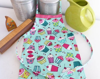 Youth/Tween Size Cupcake Apron, Pink Print, Girl or Boy Apron, Kids Custom Vintage Apron, Pink Cupcakes, Girls Party Favor, Kid Chefs Apron.