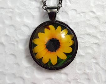 Sunflower Necklace with Round Glass Cabochon Sunflower Jewelry Nature Jewelry Flower Necklace  Sunflower Photo Jewelry Photo Necklace